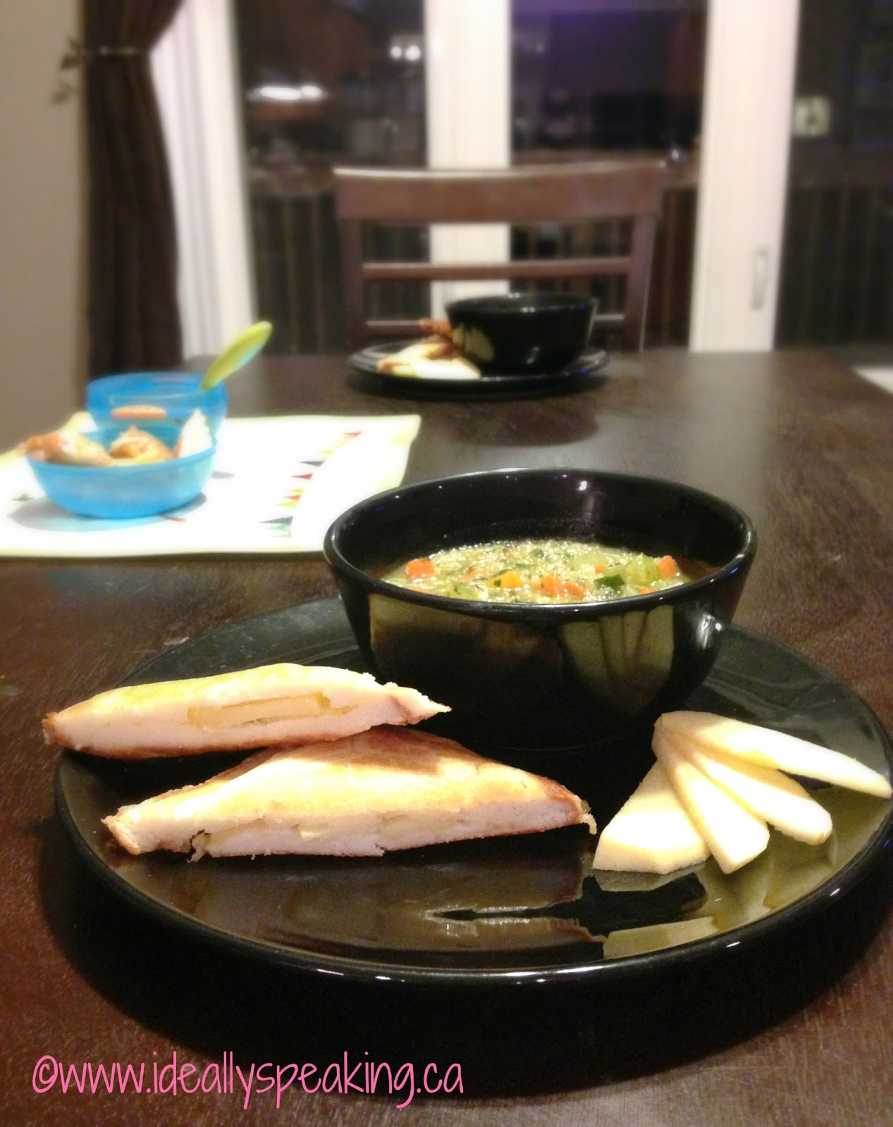 gluten free grilled cheese, gluten free brie and apple panini, quinoa soup, food allergy cookbook, giveaway