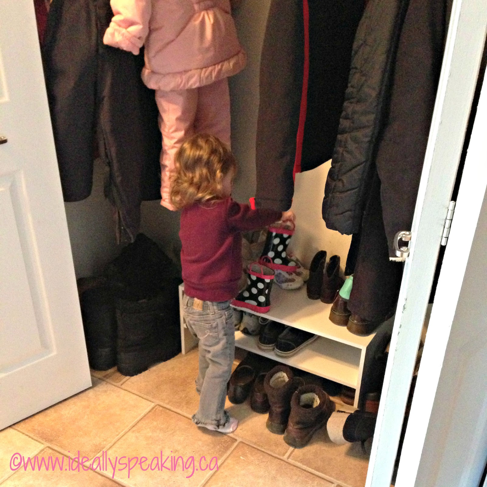 helpful toddler, toddler helping out around house, parenting a toddler, Canadian mom blogger