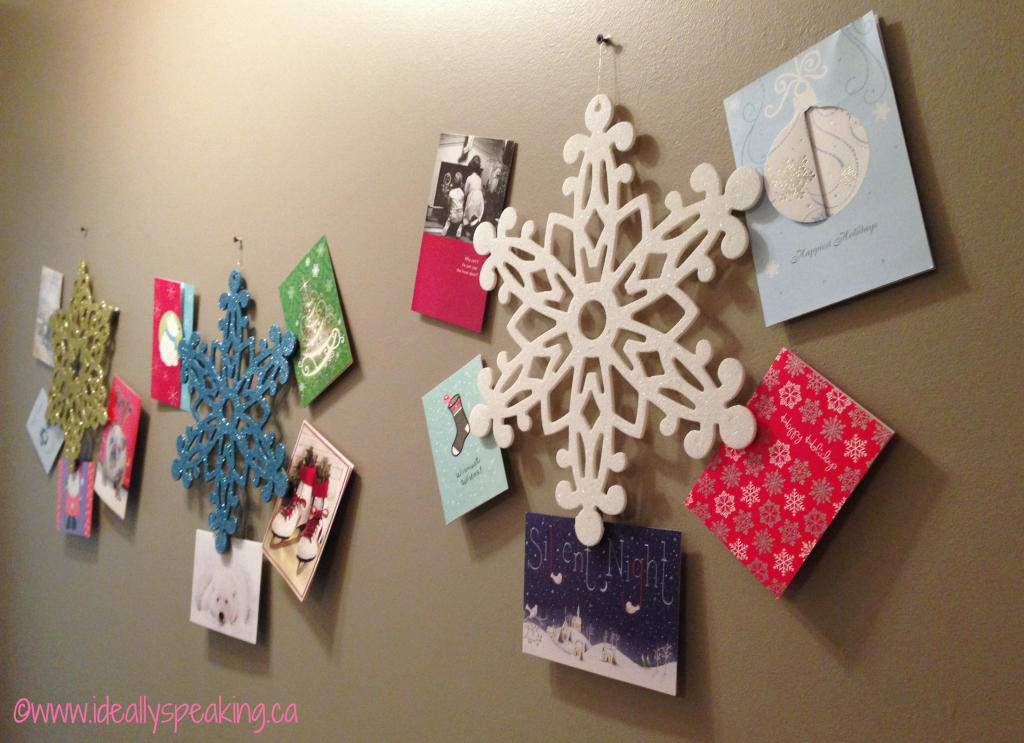 Super easy and cheap DIY Christmas card wreath.