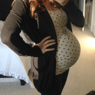 Ideal #OOTD: Pregnant Polka Dots!