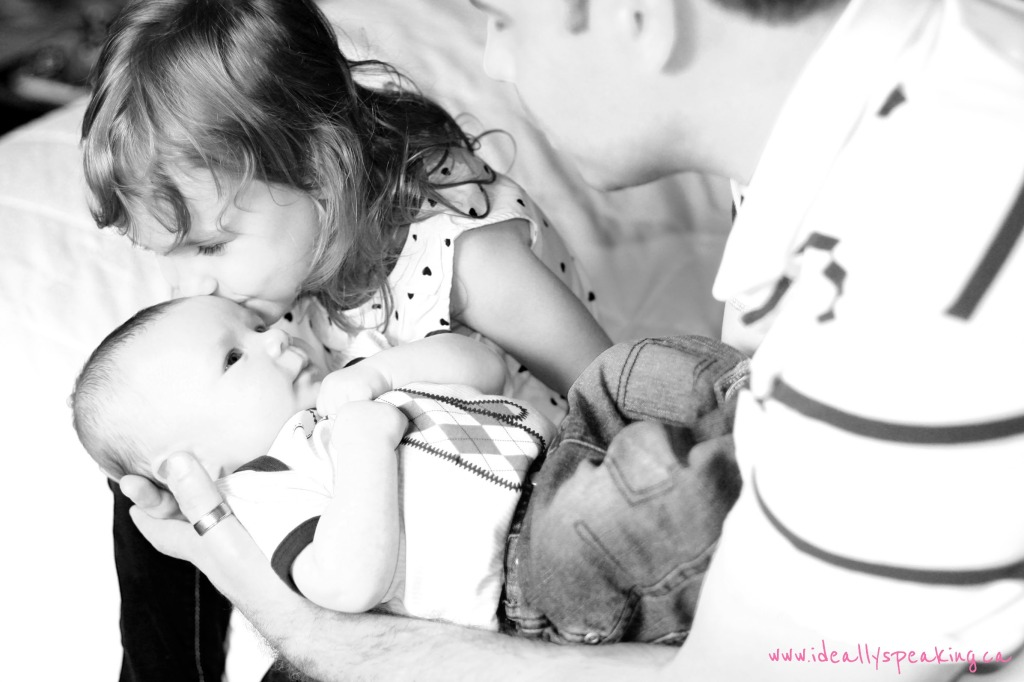 family photography, barrie photographer, newborn photography, family photo ideas