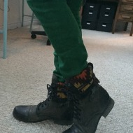 Ideal #OOTD: Green Skinny Jeans and Combat Boots